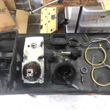 M3C 右ヘッドライト分解修理組立