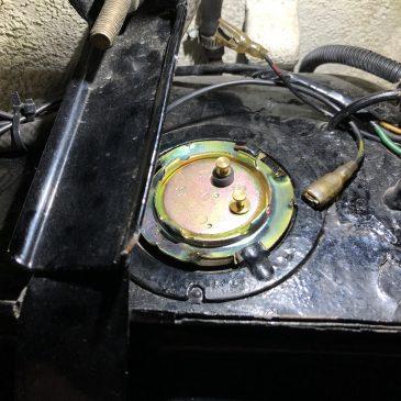240ZG 燃料センサー交換