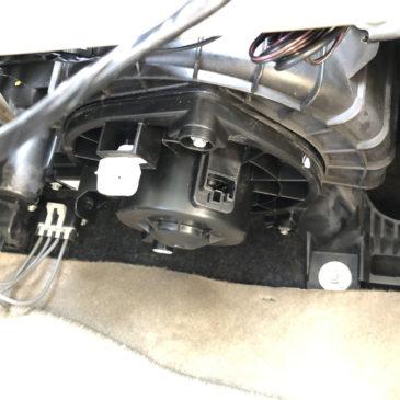 タコマ ACブロア修理